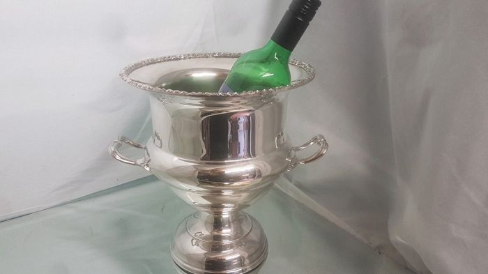 Large silver plated Champagne ice bucket, wit two handles