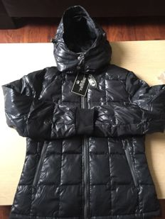 Von Furstenberg - Luxury Down Jacket. New - Never Used