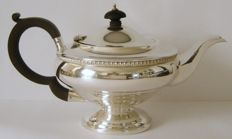 Vintage sterling silver Art-Deco tea pot - G. Bryan & Co - Birmingham - 1931