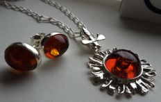 "Set - Pendant ""Sun & the Bee"" - Earrings - Chain - natural Baltic amber - silver 925 - no pressed - UV test"