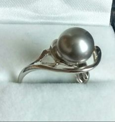 14 kt White Gold Tahitian Pearl Ring - size 16.71 mm