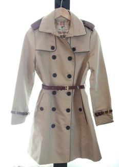 Burberry Brit Cotton Gabardine Trench Coat with Leather Trim .NEW .