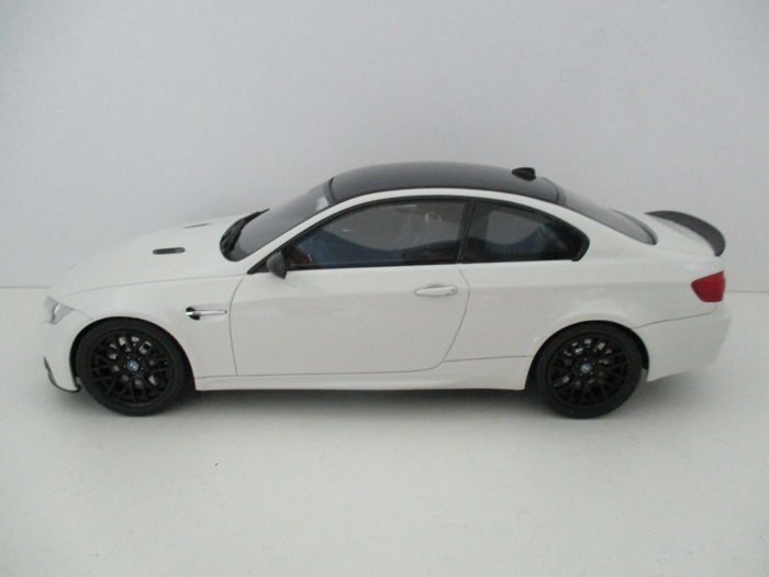 GT-Spirit - Scale 1/18 - BMW M3 E92 Coupe M-Performance - Wit Metallic - Limited 500 pieces