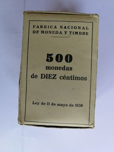 Spain - Francisco Franco - Lot of 550 coins - Original box of 500 10-cent coins, 1959 - Roll of 50 50-peseta coins, 1957*66