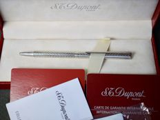 S.T. Dupont ballpoint pen - includes box and papers - includes kit to convert to mechanical pencil