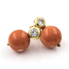 Yellow gold, 18 kt/750 - Earrings - Pacific Coral - Earring height: 15.40 mm