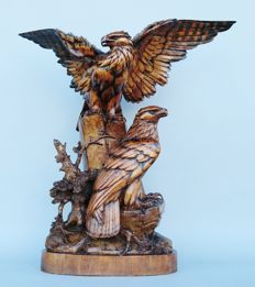 Black Forest Brienz eagle group wooden carving - with brass plate signed '11. August 1929 von Onkel Paul, Eigene Anfertigung'