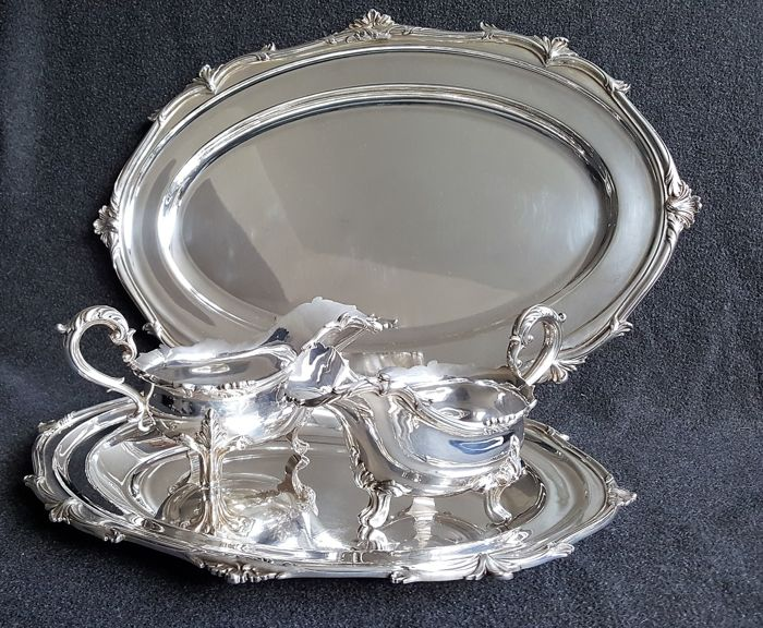 lot of 2 serving trays and 2 sauce bowls by Goldsmiths & Silversmits Company - 1880 / 1952