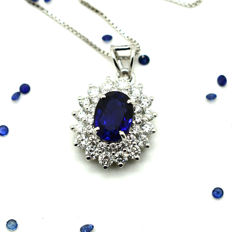 Necklace and pendant with sapphire and brilliant cut diamonds totalling 1.85 ct - Chain: 45 cm