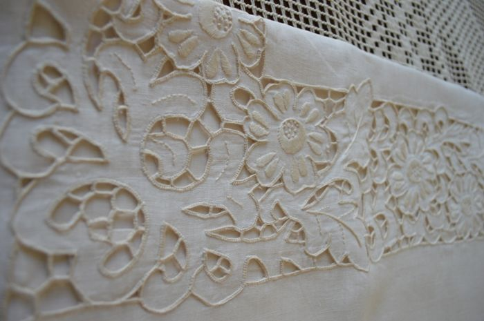 Double sheet with handmade cutwork embroidery, 100% pure linen