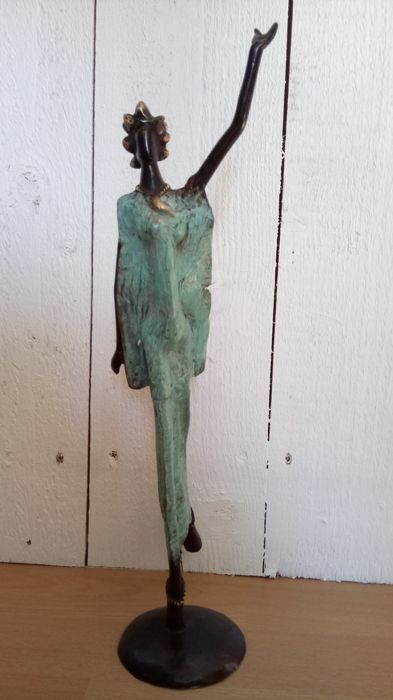 African art bronze sculpture
