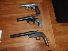 My Complete Colection of 3 Antique Flare/Signal Pistols -  All pre 1945