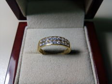Cocktail ring with a double band of 18 kt gold and 0.59 ct in diamonds