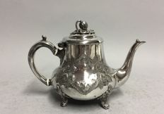 Antique Victorian tea pot on four claw feet, England, ca 1885