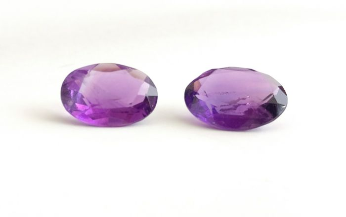 Couple of 2 Amethyst Vivid Purple 13.50 ct Extra fine color quality  -No Reserve