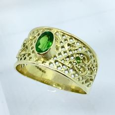 Tsavorite Garnet 0.63ct IGI certified solid 14kt gold Ring- size 10