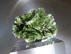Excellent Moldavite - 3.25 x 2.3 x 1.0 cm - 38.60 ct