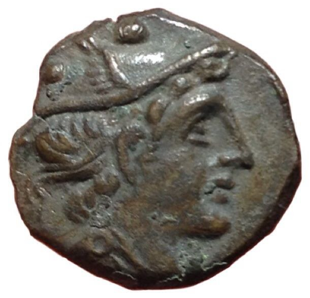 Roman Republic - Sextantal series? after 211 BC - Æ Reduced Sextans (14/13mm, 1,82g.) - Head of Mercury / Prow - Cr. 56/6; Syd. 143 d; BMCRR Roma 263 - Rare
