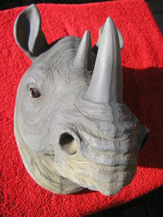 Beautiful rhinoceros sculpture, late 20th century, France