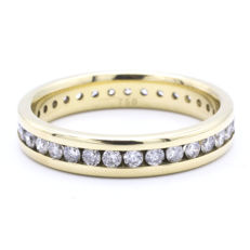 Yellow gold eternity ring set with approx. 0.75 ct brilliant cut diamonds