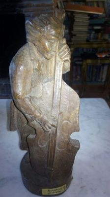 Double bass player carved in wood - German - 60s