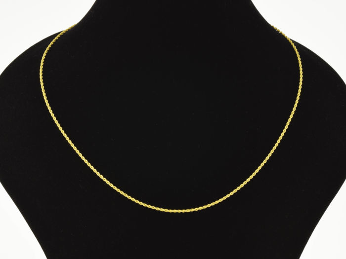18k Gold Necklace. Cord. Chain. Length 45 cm