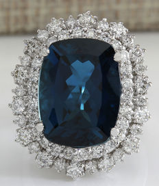 14.32 Carat London Blue Topaz 14K Solid White Gold Diamond Ring - Ring Size: 7 *** Free shipping *** No Reserve *** Free Resizing