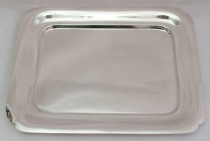 Fine Quality Silver Plated Tray By Elkington & Co, England c. 1909