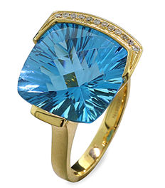 "Radiant blue topaz-brilliant-ring with a total of 15.27 ct, ""Swiss Blue"", 585-yellow gold"