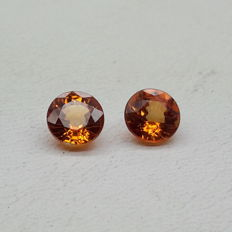 Lot of 2 orange sapphires 3.06 ct (Total)