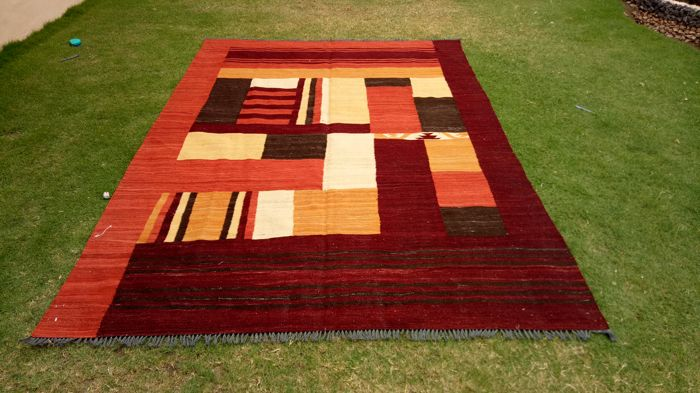 Special High Quality Vegetable Dyed Modern Hand Made Wool Kilim Rug 286 x 200 CM ( 9.3 x 6.6 Feet) - Afghanistan