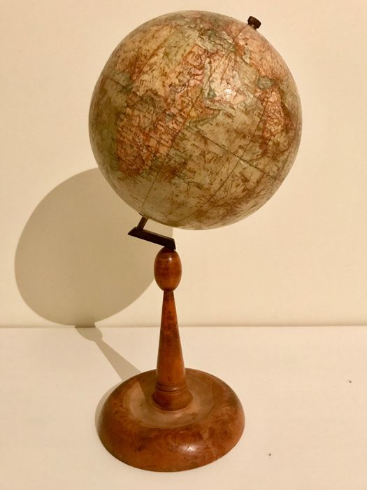 A rare Hungarian Földgömb globe globe/world ball. 1927- 1931