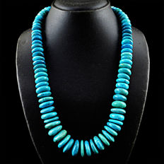 Turquoise necklace with 18 kt (750/1000) gold clasp, length 55cm