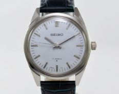 Seiko Ref 66-8040 White Men's Vintage Wrist Watch 1960s