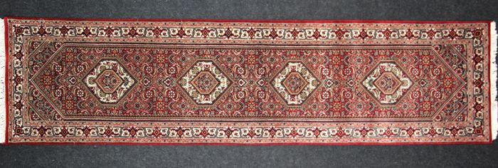 Splendid hallway carpet super D. BIDJAR: with medallion, 20th century: 234 x 74 cm.