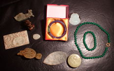 Large collection of Old Jadeit, Lavender Jade and Jade  Stones and Carvings - 583 g (11)
