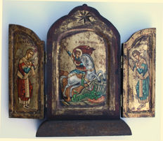 Painted triptych on gold leaf