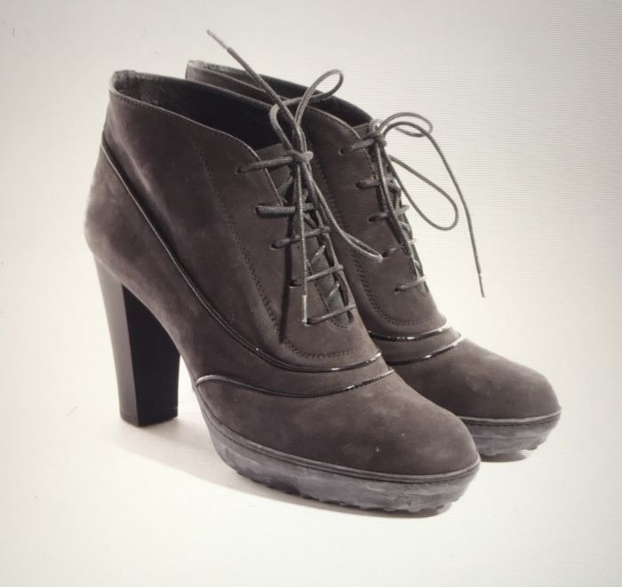 Tod's, beautiful ankle boots