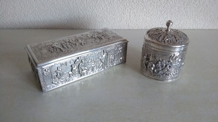 Herman Hooijkaas - Silver plated tea caddy, silver plated spoon box with Old Dutch scenes