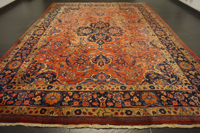 Old hand-knotted Jugendstil Persian carpet, Mashhad, 260 x 350 cm, made in Iran, signed by the knotting master.