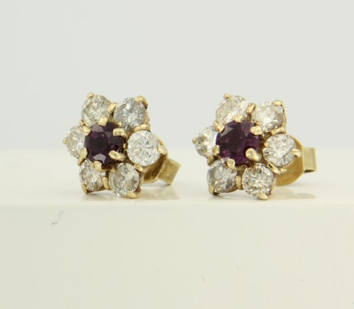 14 kt yellow gold entourage ear studs set with a pink tourmaline and 12 brilliant cut diamonds of approx. 2.10 ct in total