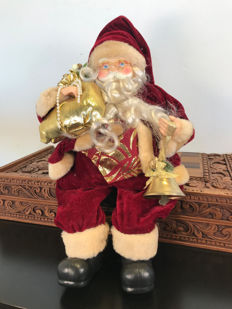 Gorgeous, Finely Detailed Santa Claus, Late 20th Century