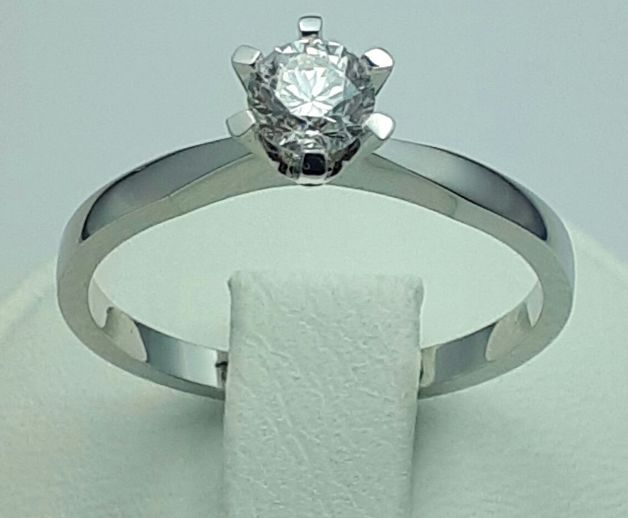 18 Ct White Gold Diamond Solitaire Ring, 0.48 Ct Brilliant, Total 2.80 g, Size 18.50 mm