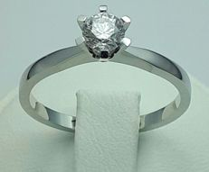 18 Ct White Gold Diamond Solitaire Ring, 0.52 Ct Brilliant, Total 2.95 g, Size 18.50 mm