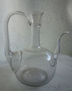 Glass decanter with narrow spout, 19th century