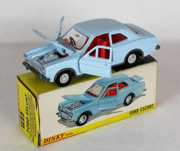 Dinky Toys - Schaal 1/43 - Ford Escort No.168