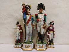 4+2 Antique Napoleon soldiers, France