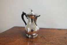 Exceptional tea pot, Christofle Silver Plate, 19th century.