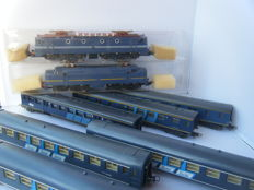 Lima H0 - 8188/8186 - 2x Electric locomotives Series 1200 and 1300 with 6 carriages of the NS
