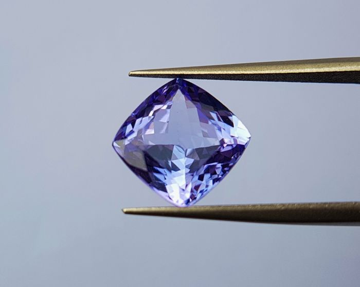 Tanzanite - 4.00 ct - No Reserve